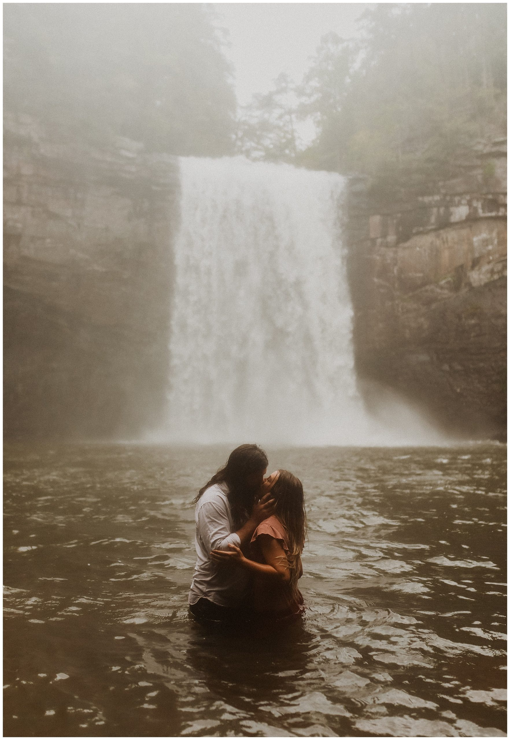 Foster Falls Engagement Photos